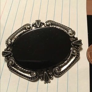 VINTAGE MARCASITE W OVAL BLACK STONE PIN BROOCH